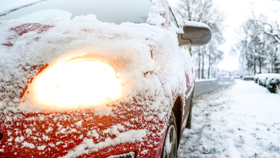 How to drive safely in the snow - Dynamic Dad
